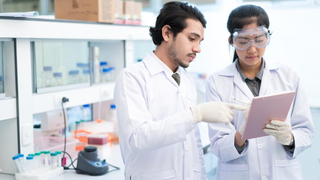 Guide to studying Pharmacology & Pharmacy - Complete University Guide